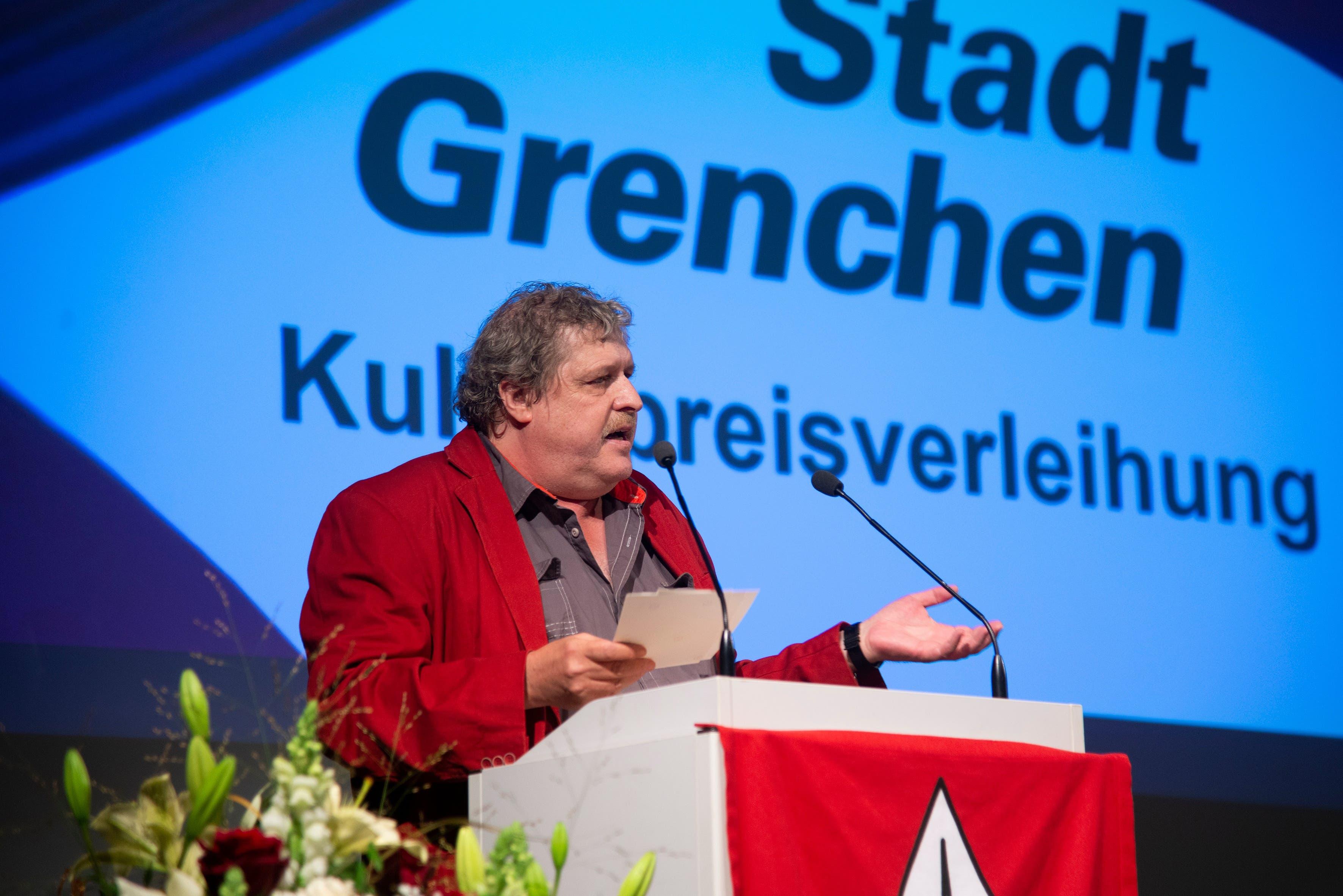 Moderator André Weyermann, Präsident der städtischen Kulturkommission