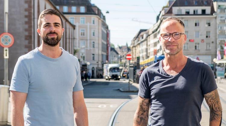 Die beiden Fasnächtler Matthieu Meyer und Pascal Kottmann (v. l.) sind die Initianten des «Laaferi». (Nicole Nars-Zimmer)