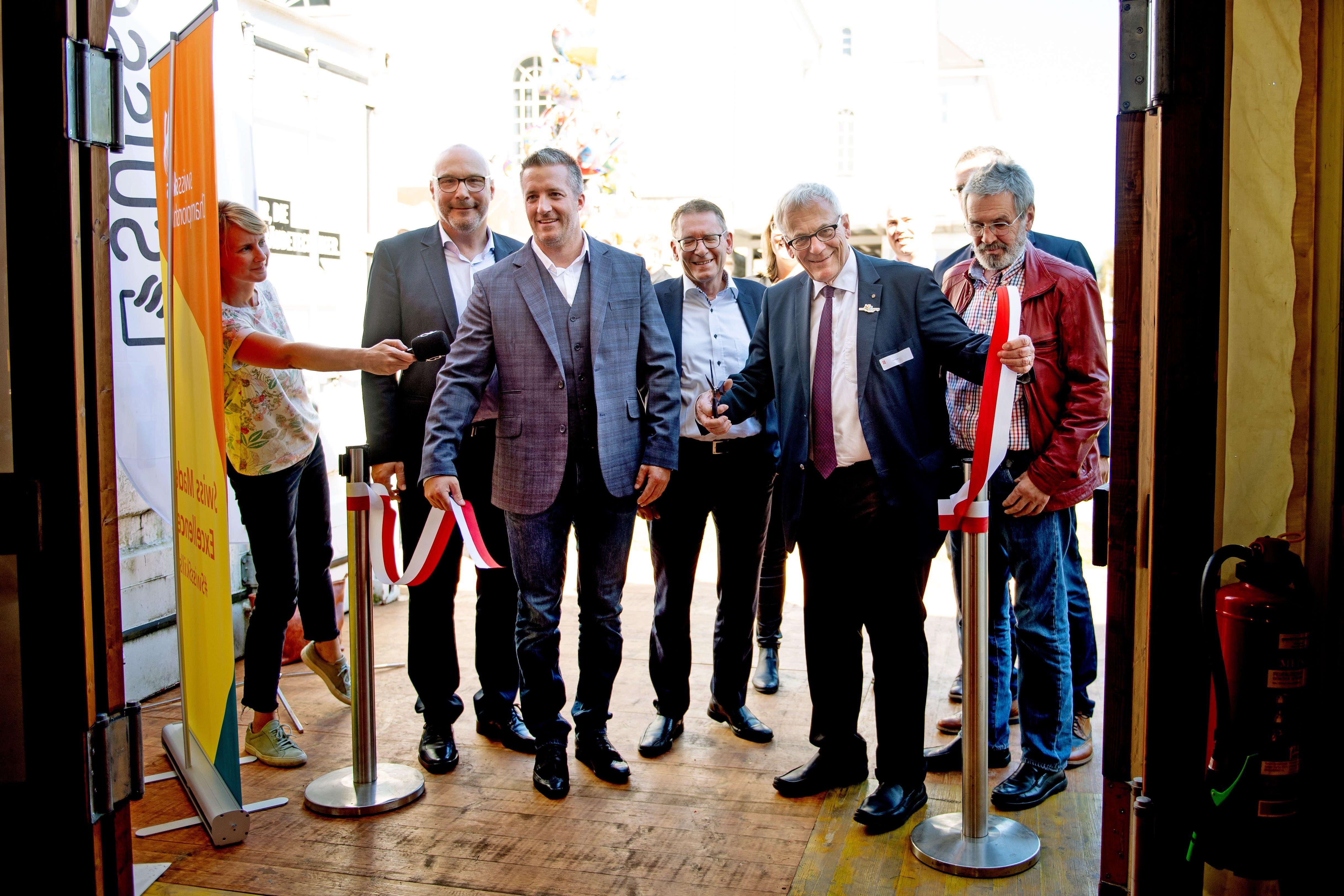Und los gehts! HESO-Präsident Urs Unterlerchner und Stadtpräsident Kurt Fluri eröffnen die HESO 2021.