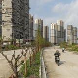 Finden sich noch Bewohner ein: In China stehen gemäss Schätzungen an die 90 Millionen von Wohnungen leer (Qilai Shen / Bloomberg)