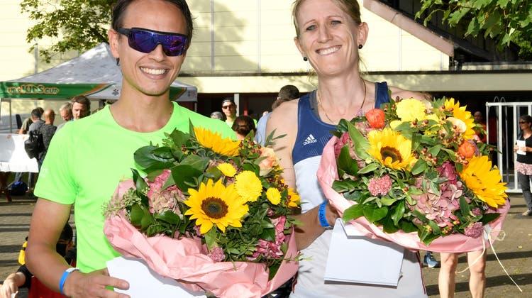 Die beiden Sieger des Limmatlaufs: Arlette Hunger (r.) und Nikita Kostyuchenko. (Alexander Wagner / FOTO Wagner)