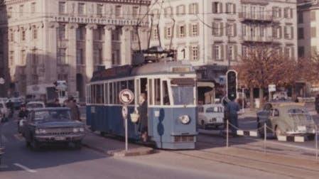 Mit diesen Fahrzeugen patrouillierte die Luzerner Polizei in den 60er-Jahren. (Bild: Luzerner Polizei / Facebook)