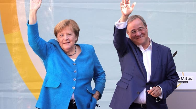 Deutschland wählt heute einen neuen Bundestag – offener Wahlausgang ++ Merkel wirb erneut für Laschet als ihren Nachfolger