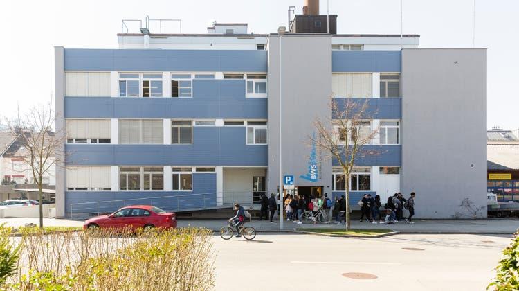 Die Berufswahlschule Limmattal begleitet Jugendliche in die Erwerbstätigkeit. (Severin Bigler)