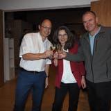 Die wiedergewählten Christan Rüede, Regina Erhard und Herbert Weiss (von links) freuen sich. (Hans Christof Wagner)