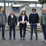 Der gewählte Gemeinderat Suhr für die Amtsperiode 2022-2025 (v.l.): David Hämmerli (IG Pro Suhr), Daniel Rüetschi (FDP), Carmen Suter-Frey (parteilos-bürgerlich), Thomas Baumann (Zukunft Suhr) und Oliver Krähenbühl (Zukunft Suhr). (Daniel Vizentini)