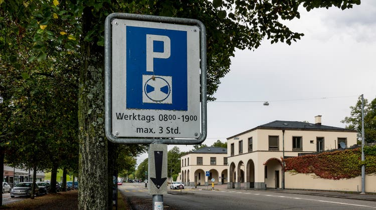 Ungelöstes Problem: Parken beim Hörnli. (Kenneth Nars)