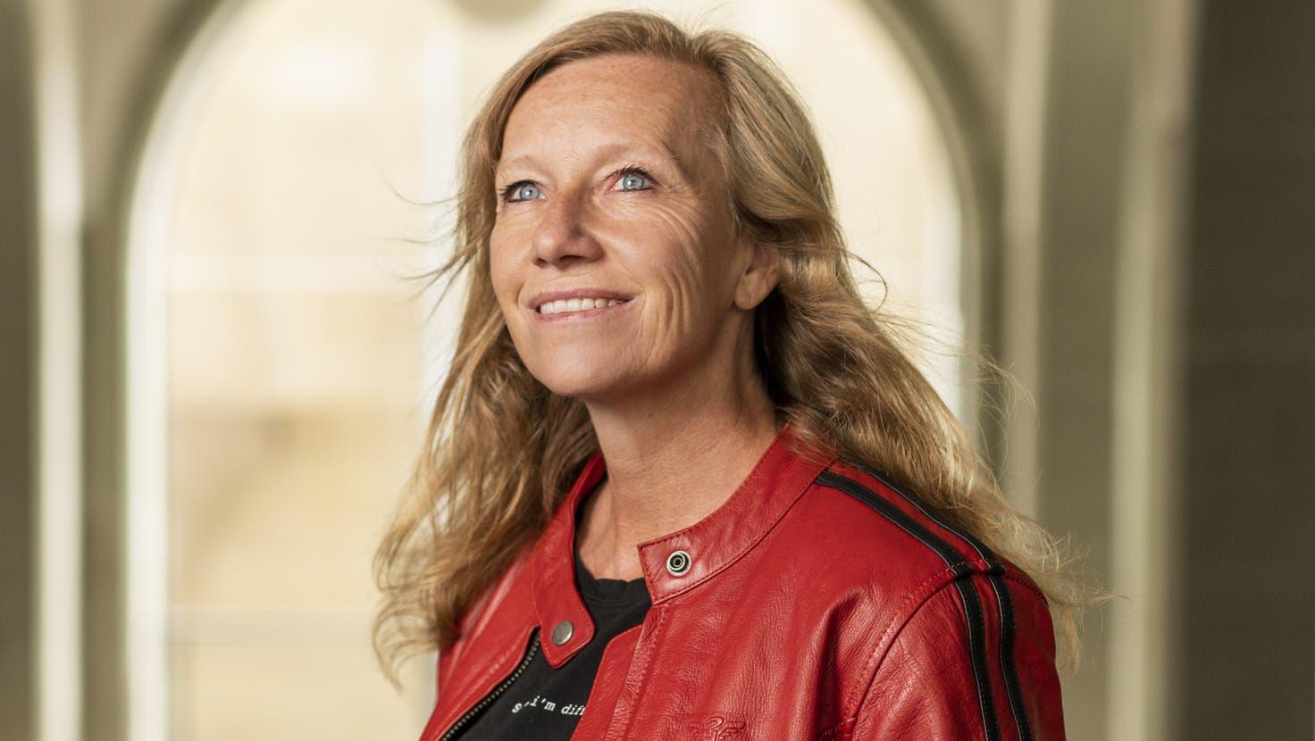 Die Berner Bestseller-Autorin Christine Brand (48), hier in ihrer zweiten Heimat Sansibar. (Bild: PD)
