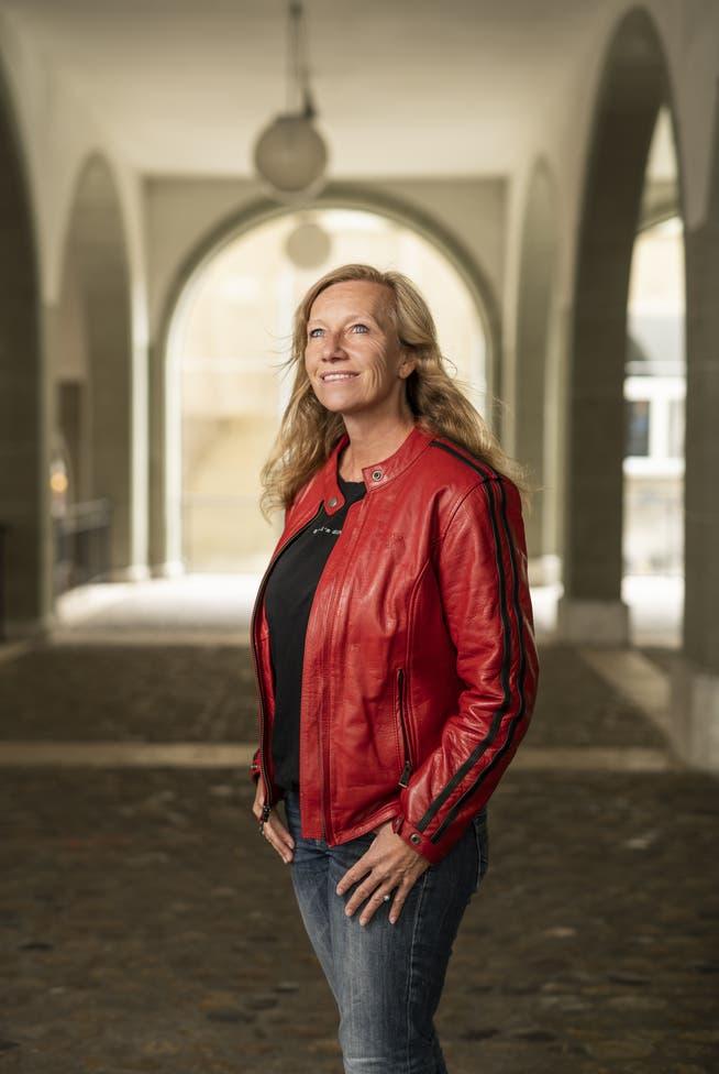 Die Berner Autorin Christine Brand im Porträt.