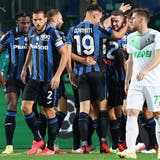 Atalanta jubelte am 1. Spieltag der Champions League nach dem Ausgleich zum 2:2 gegen Villarreal. (Alberto Saiz / AP)