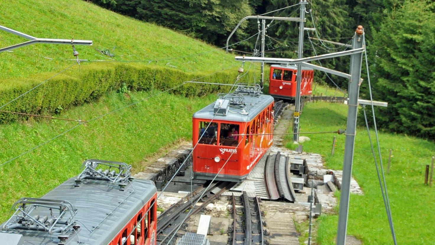 Die Pilatus-Bahnen im Bereich Ämsigen. (Bild: Robert Hess (August 2013))