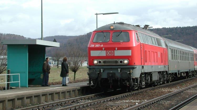 Noch immer verkehren auf der Hochrheinstrecke Dieselloks. (Foto: Walter Christen / FRI)