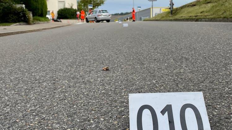 Die beiden Verkehrsteilnehmer sind beim Linksabbiegen zusammengestossen. (Kantonspolizei Zürich)