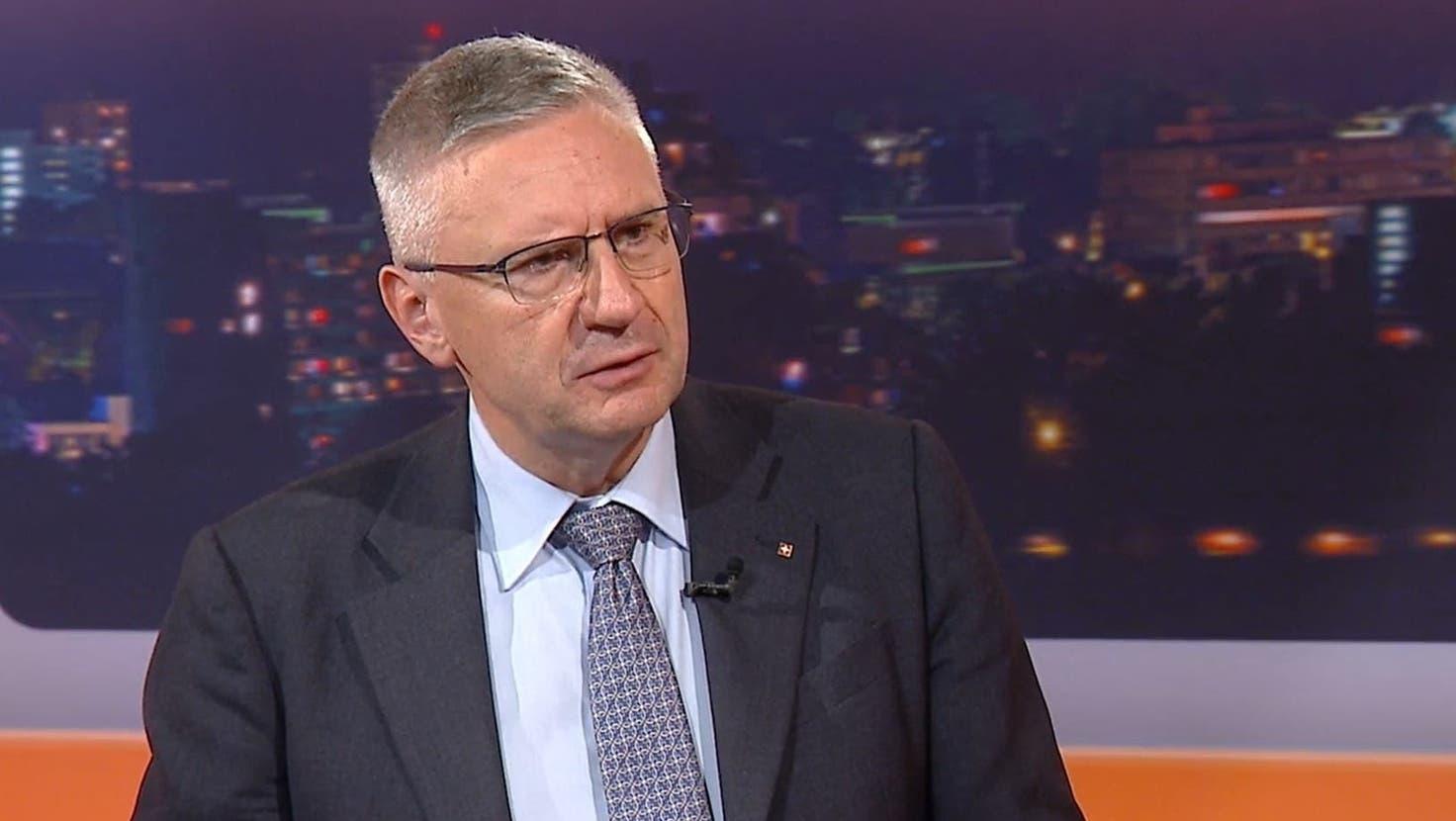 SVP-Präsident Andreas Glarner äusserte sich im «TalkTäglich» ausfühlrich zu der Kritik. (Screenshot Tele M1)