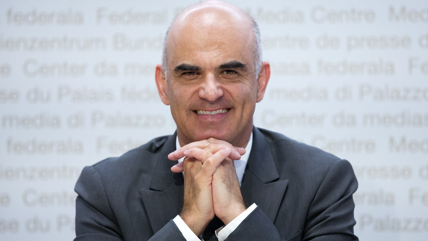 Nach 19 Monaten Corona: Bundesrat Alain Berset tritt für einmal mit guten Neuigkeiten vor die Medien. (Peter Klaunzer / KEYSTONE)