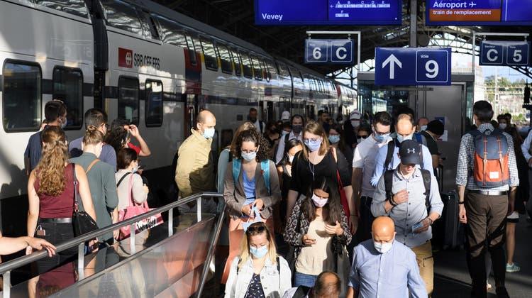 Bei den SBB erholen sich die Passagierzahlen derzeit nicht. (Keystone)