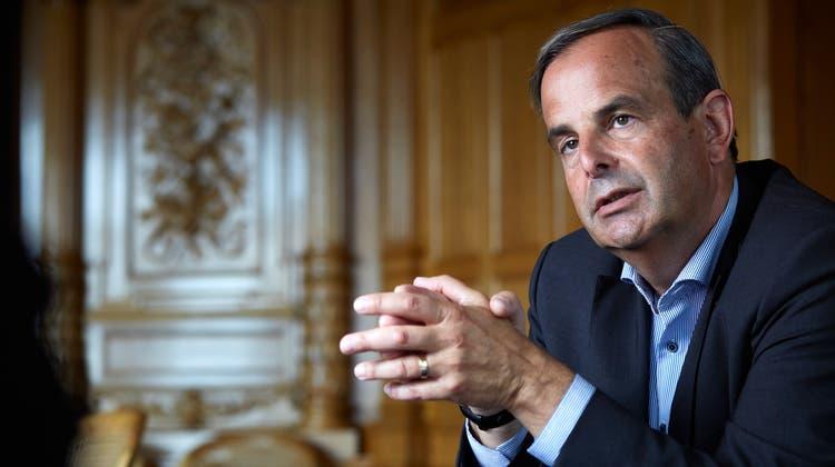 Nationalrat Gerhard Pfister, Präsident die Mitte (ehemals CVP), spricht über das Attentatvon Zug. (Annette Boutellier)