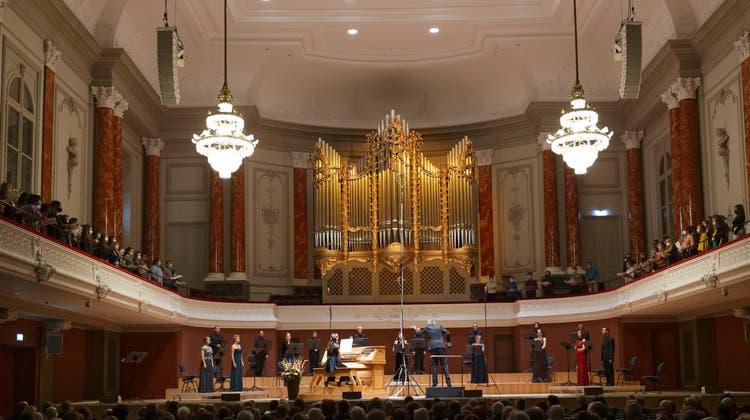 Prächtiger Blickfang: die neue Orgel im Musiksaal des Stadtcasinos. (Lukas Howald)