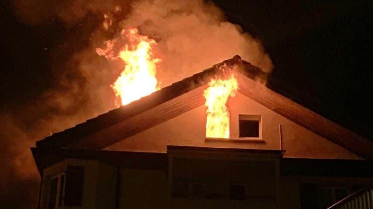 Mehrere Hausbewohner wurden evakuiert (Symbolbild). (Zvg/Kantonspolizei Zürich)