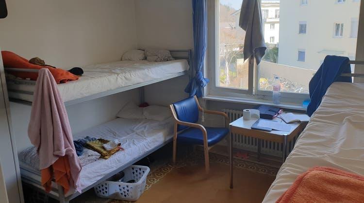 Ein Zimmer in der Asylunterkunft in Unterentfelden. (zvg)