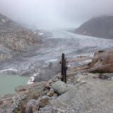 Der einst mächtige Rhonegletscher am Furkapass zieht sich immer mehr zurück. (Bild: PD)