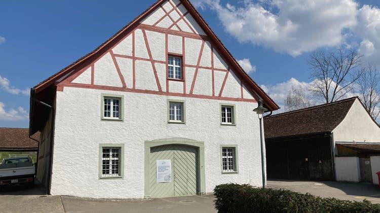 In der alten Trotte beim Kloster Fahr wird kein Wein mehr produziert, stattdessen ist sie heute ein Hofladen. (Bild: hck)
