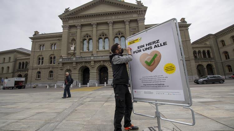 Die Grüne Partei will, dass es einen nationalen Impftag gibt, bei dem Promis zum Impfen aufrufen. (Keystone)