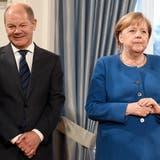 Bundeskanzlerin Angela Merkel (CDU) und Olaf Scholz (SPD), Bundesfinanzminister: Kann er tatsächlich zu ihrem Nachfolger werden? (Britta Pedersen / DPA-Zentralbild)