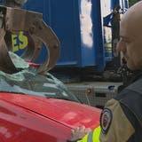«Die Fahrzeuge stammen von Garagisten oder Privatpersonen»: Feuerwehren und Rettungsdienst üben die Strassenrettung auf der Autobahn A1 in St.Gallen