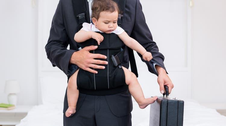 Sind Arbeitgebern suspekt: Männer, die nicht nur Haupternährer der Familie sein wollen. (Shutterstock)