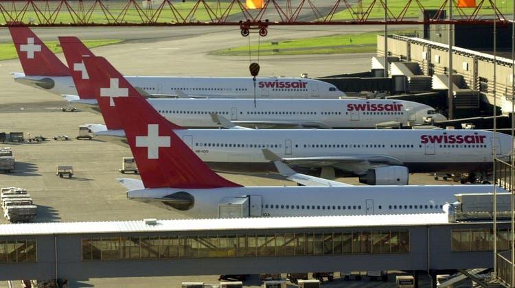 2. Oktober 2001 – der Tag, an dem die Swissair still stand. (Steffen Schmidt / KEYSTONE)