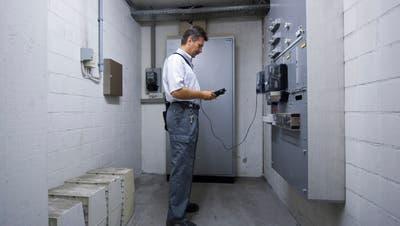Haushalte müssen sich für das nächste Jahr einmal mehr auf steigende Stromkosten einstellen (Symbolbild). (Keystone)