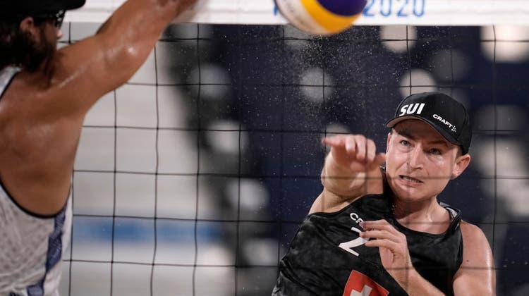 An den Olympischen Spielen in Tokio landete Mirco Gerson zusammen mit Adrian Heidrich auf dem 17. Platz. (Felipe Dana/AP)