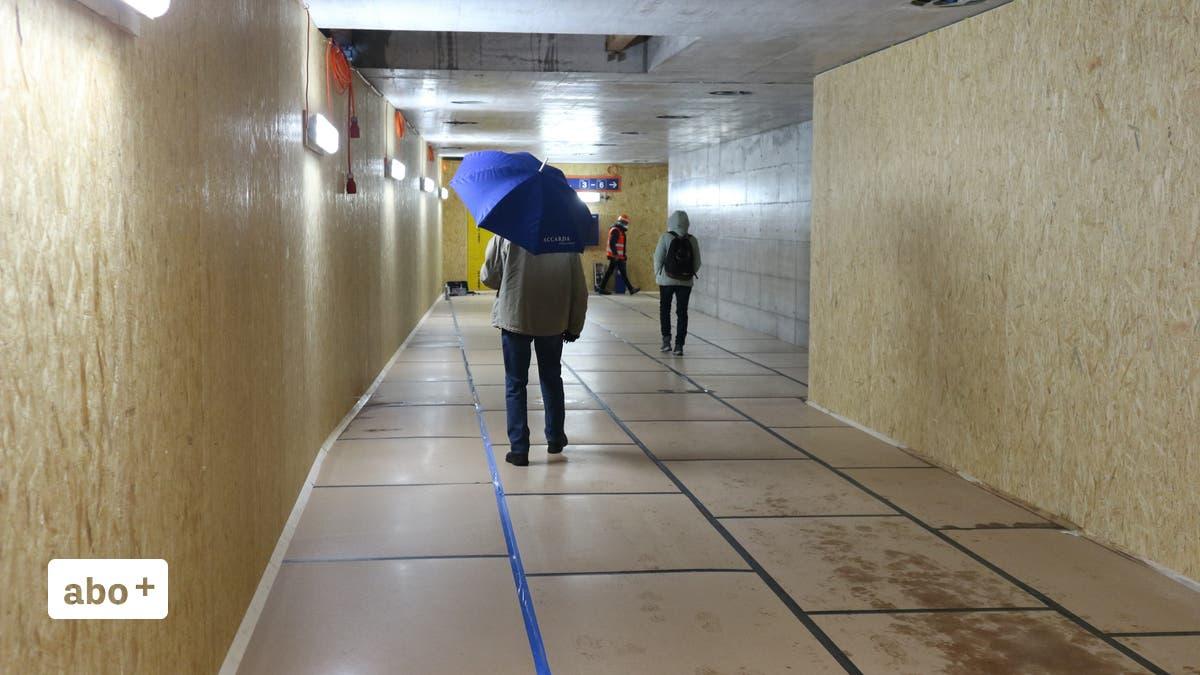 Bahnhof Dietikon: Die erste Hälfte der neuen Unterführung ...